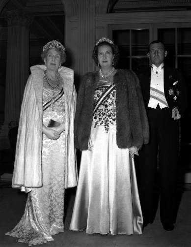 The King George VI and Queen Elizabeth gave a private dance at Buckingham Palace on November 17, 1947 for friends of Princess Elizabeth and Lt. Philip Mountbatten. In this image the Queen consort of Spain, Victoria Eugenie of Battenberg, left, together with the Countess and Count of Barcelona, (Don Juan) are seen leaving Claridges Hotel in London, United Kingdom on Nov. 17, 1947, for the Royal dance. (AP Photo/Dennis Lee Royle)