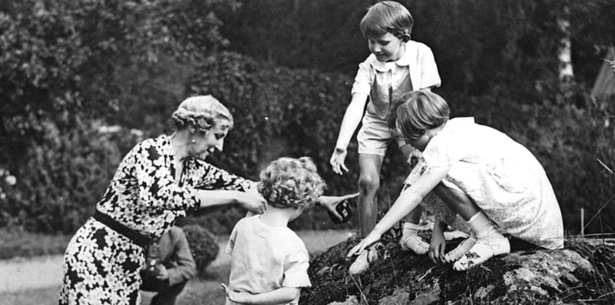 Princess Ingeborg and Grandchildren, 1937